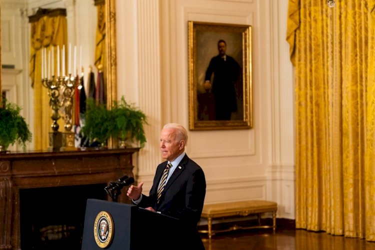 Biden signs executive order aimed at promoting competition across the economy